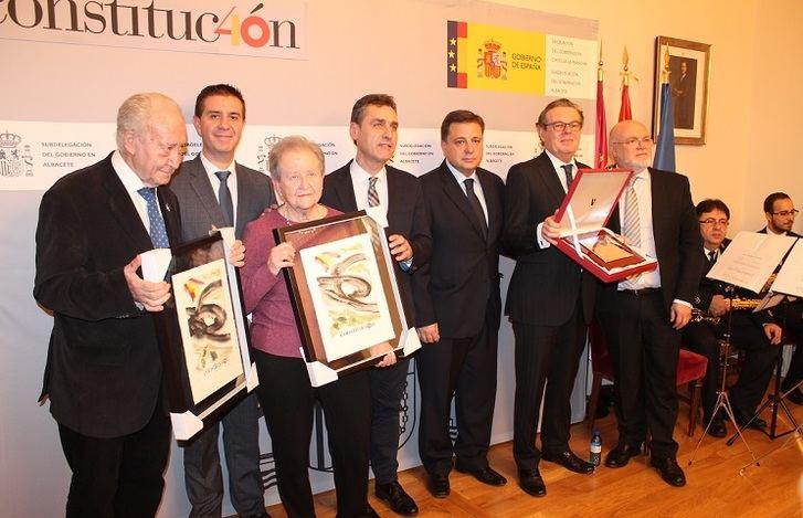 El Campus de Albacete, Pilar Nohales y Amparo Roldán premiados por sus valores para la Constitución