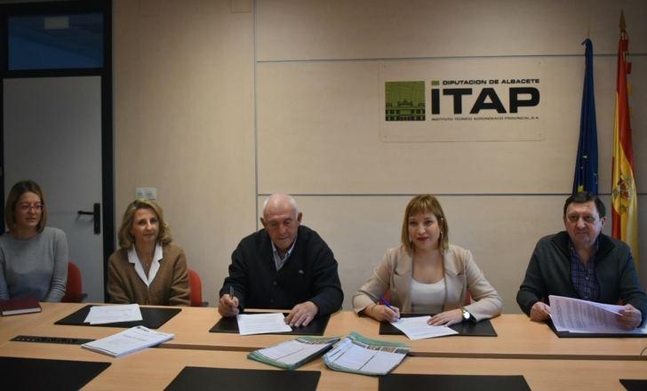 ITAP y la Cooperativa Santa Mónica de Balazote firman un convenio para la mejora del ajo morado