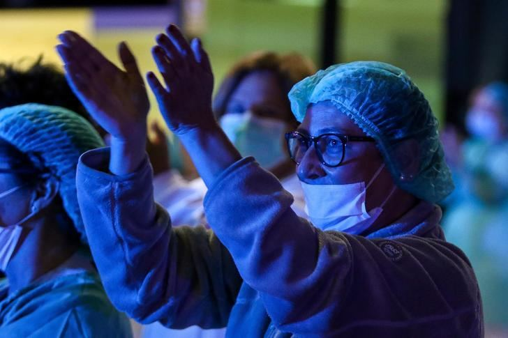 España alcanza los 56.000 casos de coronavirus y supera las 4.000 muertes