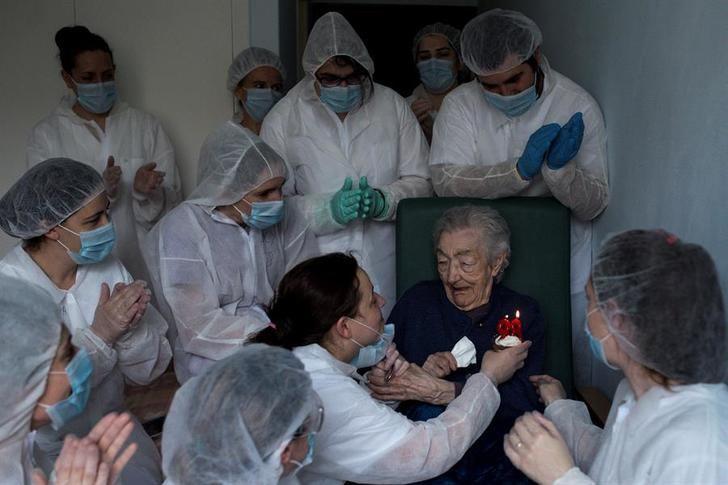 Los fallecidos por coronavirus en España bajan en las últimas 24 horas hasta 179
