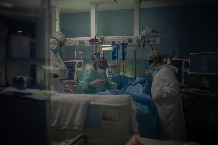 El número de nuevos casos aumenta a 198 en Castilla-La Mancha, que suma un fallecido más