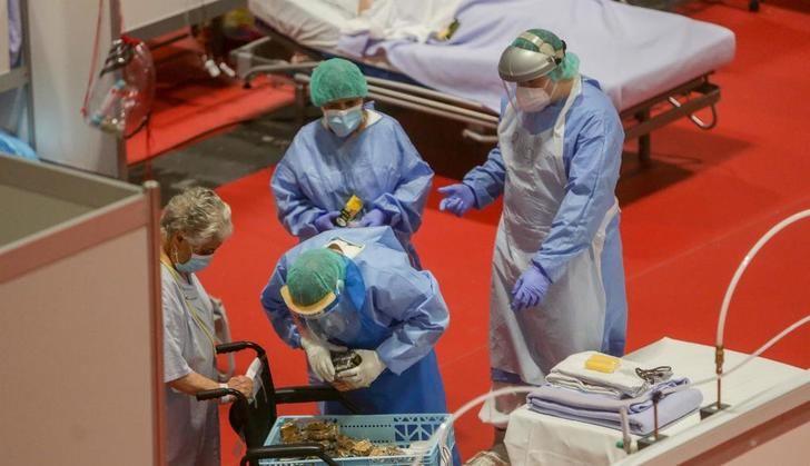 España baja por primera vez en las últimas semanas de 400 muertos al día por coronavirus