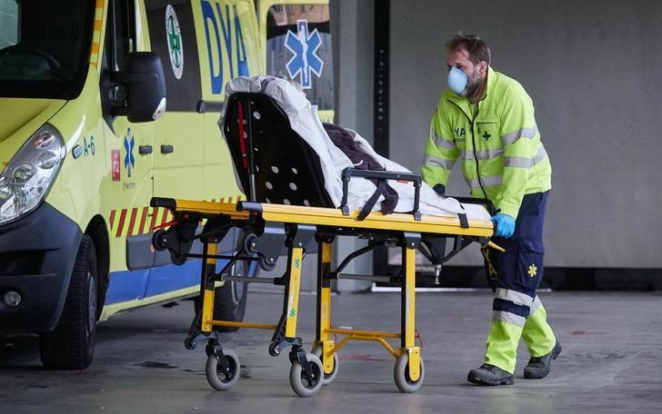 Estabilizados en España el número de muertes y contagios, con 184 fallecidos y 439 positivos más