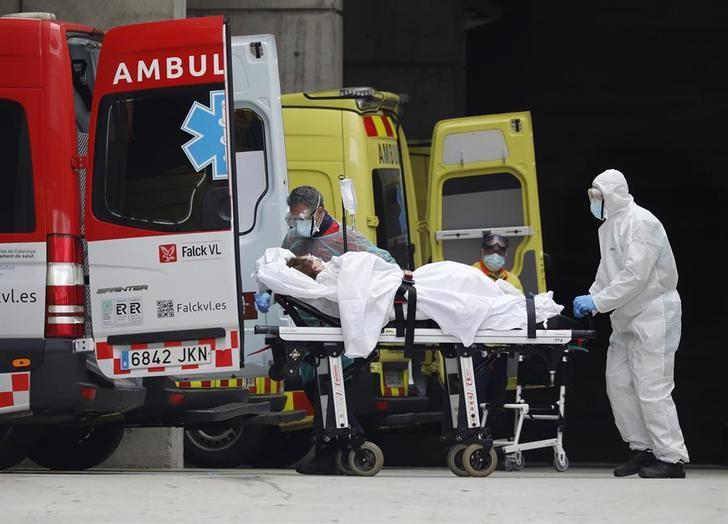 España tiene 110.238 casos de coronavirus y más de 10.000 fallecidos, con el mayor aumento en un día