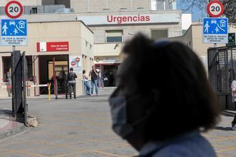España ya tiene 6.252 casos de coronavirus en todo el país, con 193 muertos y 517 altas