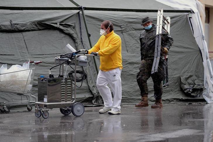 España se acerca a los 100.000 casos de coronavirus y a los 8.200 muertos