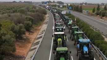 Imagen de una concentración y corte de carretera de agricultores durante este mes de febrero.