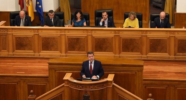 Las Cortes de Castilla-La Mancha se estrenan con debate para eliminar limitación de mandatos y recuperar el sueldo de los diputados