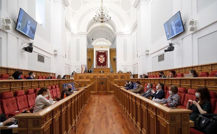 Dependencia, río Tajo, listas de espera y nudo logístico de Albacete, a debate este jueves en el pleno de las Cortes