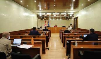El PSOE veta que el Defensor del Paciente comparezca en las Cortes de C-LM como pedía PP y secundaba Cs