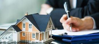¿Cubre el seguro de hogar la reparación de grietas en las paredes?