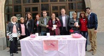 Apoyo institucional a AMAC, que realiza una cuestación en 19 mesas en Albacete