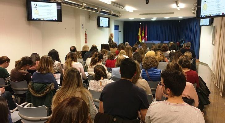 Más de 80 farmacéuticos de la provincia de Albacete participan en un curso de especialización en Dermofarmacia