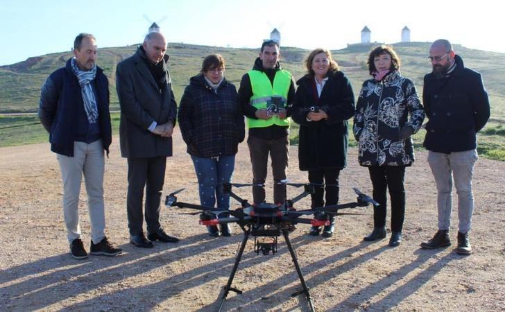 La Junta de Castilla-La Mancha pone en marcha el primer curso oficial de piloto de drones para docentes de FP