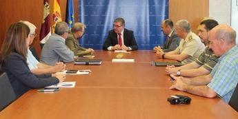 Educación incluirá materias de Seguridad y Defensa en la formación permanente del profesorado