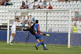El Albacete cayó en el que en teoría debe ser su último partido de pretemporada. Hércules-Albacete (1-0)