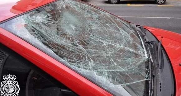 Identificados en Albacete los cuatro jóvenes que se dedicaban a golpear vehículos aparcados en la calle
