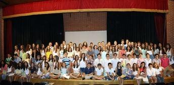 Cien estudiantes fueron reconocidos como los mejores expedientes académicos en la V Gala del Estudio de La Roda