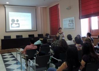Una conferencia en Bioquímica aborda el papel del cerebro en el control de la glucemia