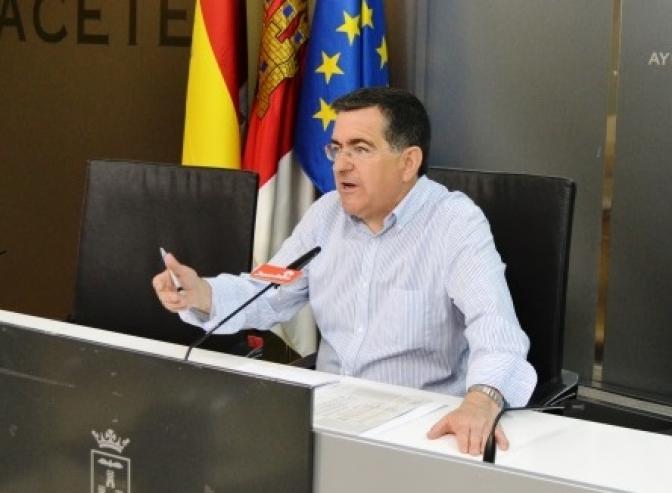 El concejal socialista Ramón Sotos analizó lo que entiende como la paralización del área de medio ambiente en el Ayuntamiento de Albacete