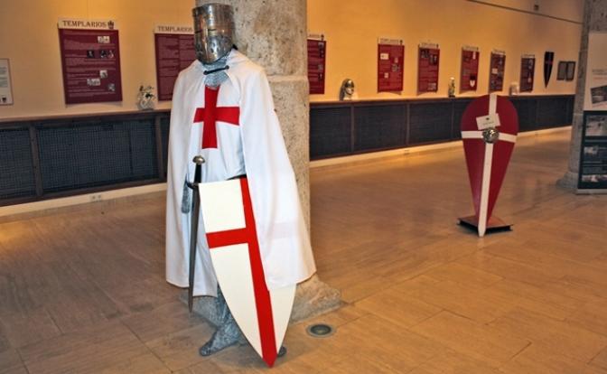 Últimos días en La Roda de la exposición sobre los caballeros templarios con una conferencia