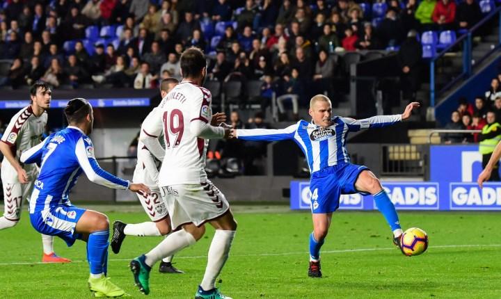El Albacete Balompié no tuvo su mejor tarde y perdió ante el Deportivo (2-0)