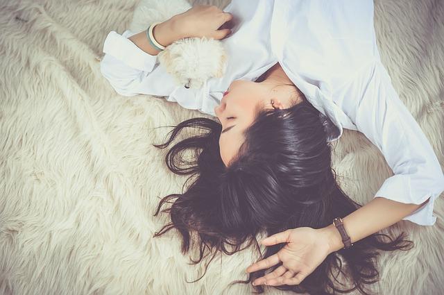 Tips para descansar bien y comenzar el día llenos de energía