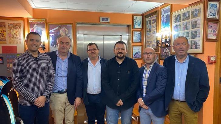 La Junta reconoce la apuesta de 'Destilerías Manchegas' de La Roda por el avance en diversas direcciones