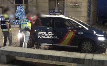La Policía Nacional detiene a 24 personas, en Toledo y otras provincias, en una operación contra el narcotráfico a través de las costas gallegas