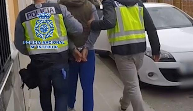 Imagen de archivo de una detención de la Policía Nacional.