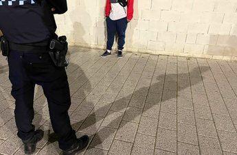 Detenido un menor en Albacete que causaba daños a vehículos e incendiaba contenedores
