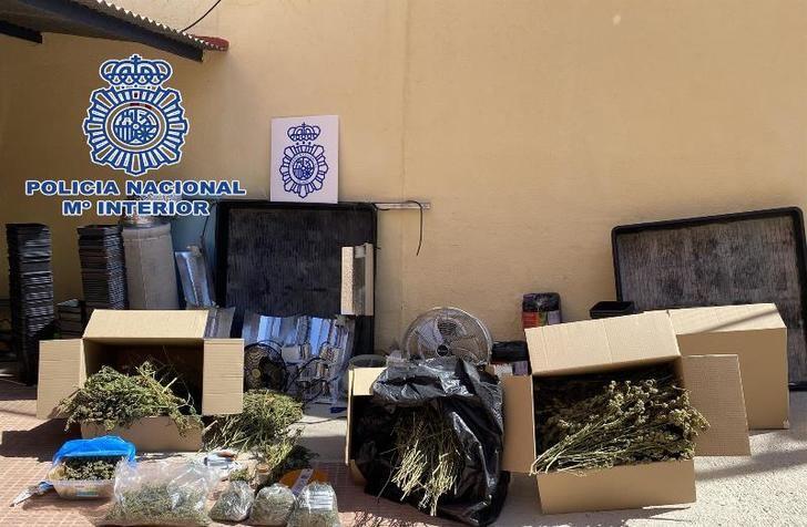 Dos detenidos en Alcázar de San Juan por tener una una plantación 'indoor' de marihuana
