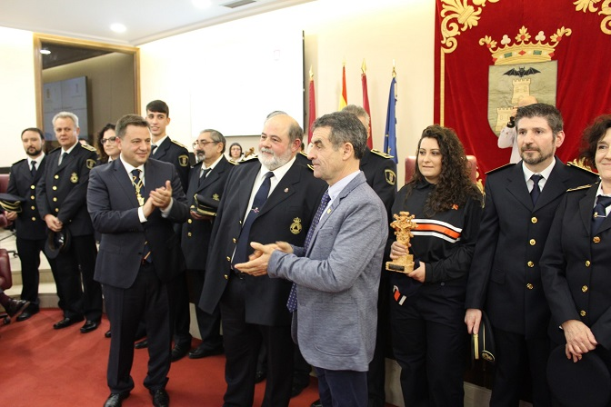 Diferentes momentos de la celebración del Día de la Ciudad en el Ayuntamiento de Albacete.