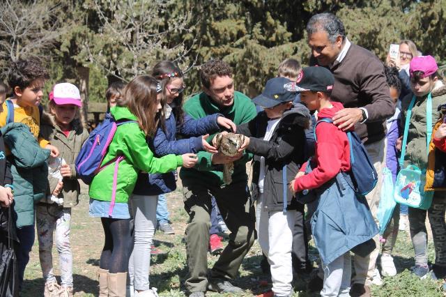 El Centro de la Fauna Silvestre de Albacete celebra el Día Internacional de los Bosques con la suelta de un águila ratonera