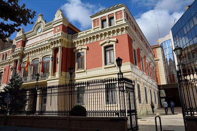 PSOE y Ganemos se unieron para aprobar los presupuestos de la Diputación de Albacete para 2019