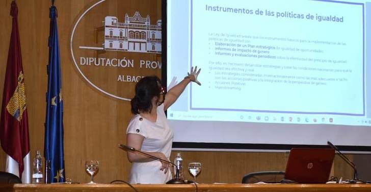La Diputación de Albacete acoge una actividad formativa en materia de igualdad