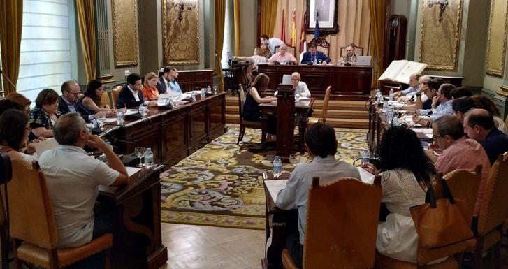 La Diputación de Albacete asumirá la titularidad de la CM-3152, carretera que une El Bonillo y Lezuza