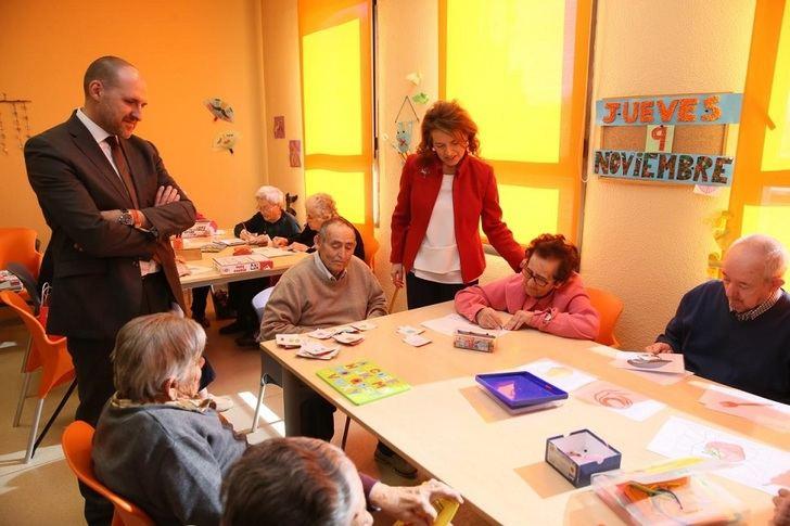 La Junta destaca la importancia de la formación para el cuidado de las personas con dependencia