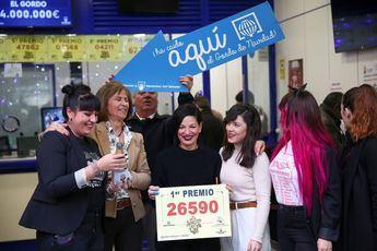 La administración de Doña Manollita vendió parte del primer premio de Navidad.