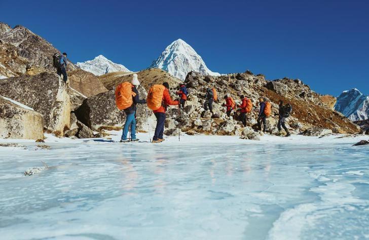 La Junta patrocina el documental de la expedición invernal al Everest que AMIAB organizó con personas con discapacidad