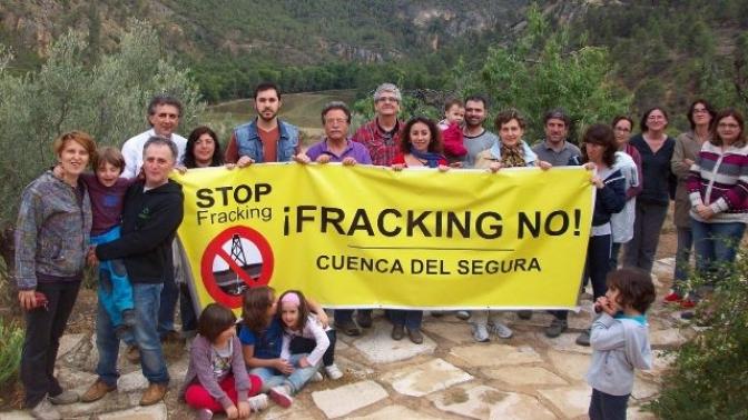 La Plataforma 'Cuenca del Segura Libre de Fracking' inicia una campaña de recogida de firmas