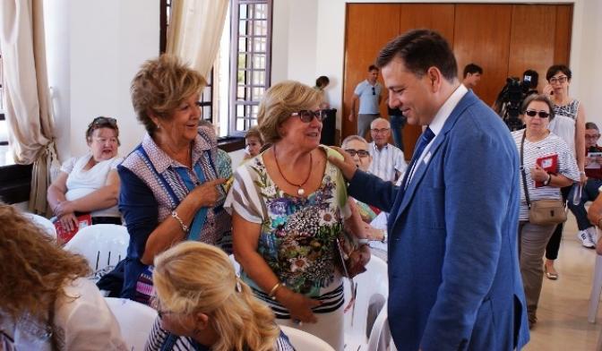 Salud, empleo, bienestar y prosperidad, deseos del alcalde de Albacete para el año 2018