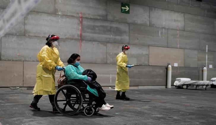 España sigue en curva ascendente sumando miles de casos de coronavirus al día, rozando ya los 40.000 y 2.600 muertos