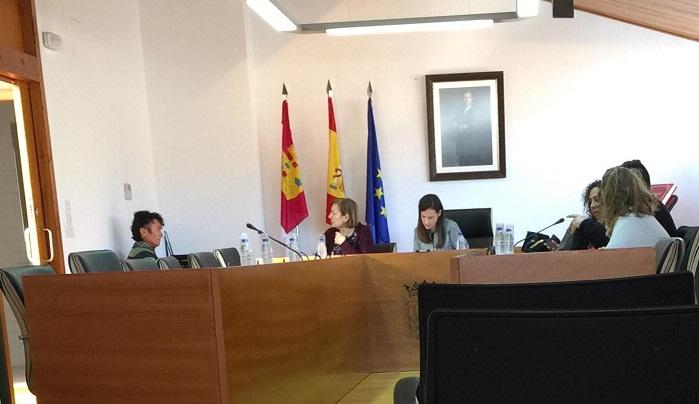 """El PP de Elche de la Sierra lamenta 'la soberbia y falta de diálogo de la alcaldesa socialista"""""""