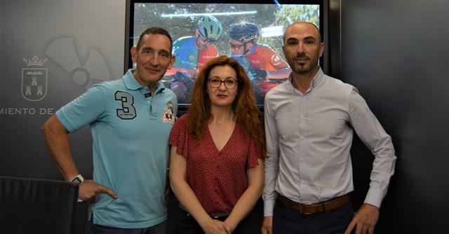 Recepción en el Ayuntamiento de Albacete a los protagonistas del Desafío de Paco, un reto solidario contra el cáncer infantil