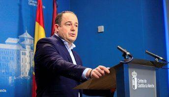 Saéz (PSOE) asegura que el PP solo se ocupa de luchas internas y ofrece propuestas a favor de Ciudadanos