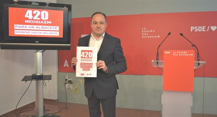 """El PSOE presenta 420 medidas para """"reactivar la ciudad de Albacete"""""""