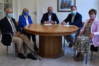 El Ayuntamiento reitera su apoyo a la Asociación de Amigos de la Ópera para el Concurso de Canto 'Ciudad de Albacete'