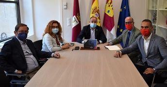 El Ayuntamiento mejorará el convenio con Cruz Roja, que el año pasado atendió a 19.000 personas en Albacete