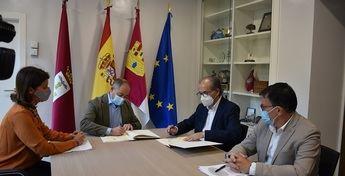 El Ayuntamiento de Albacete firma un convenio con Aguas Nuevas para asesorar en materia de emprendimiento